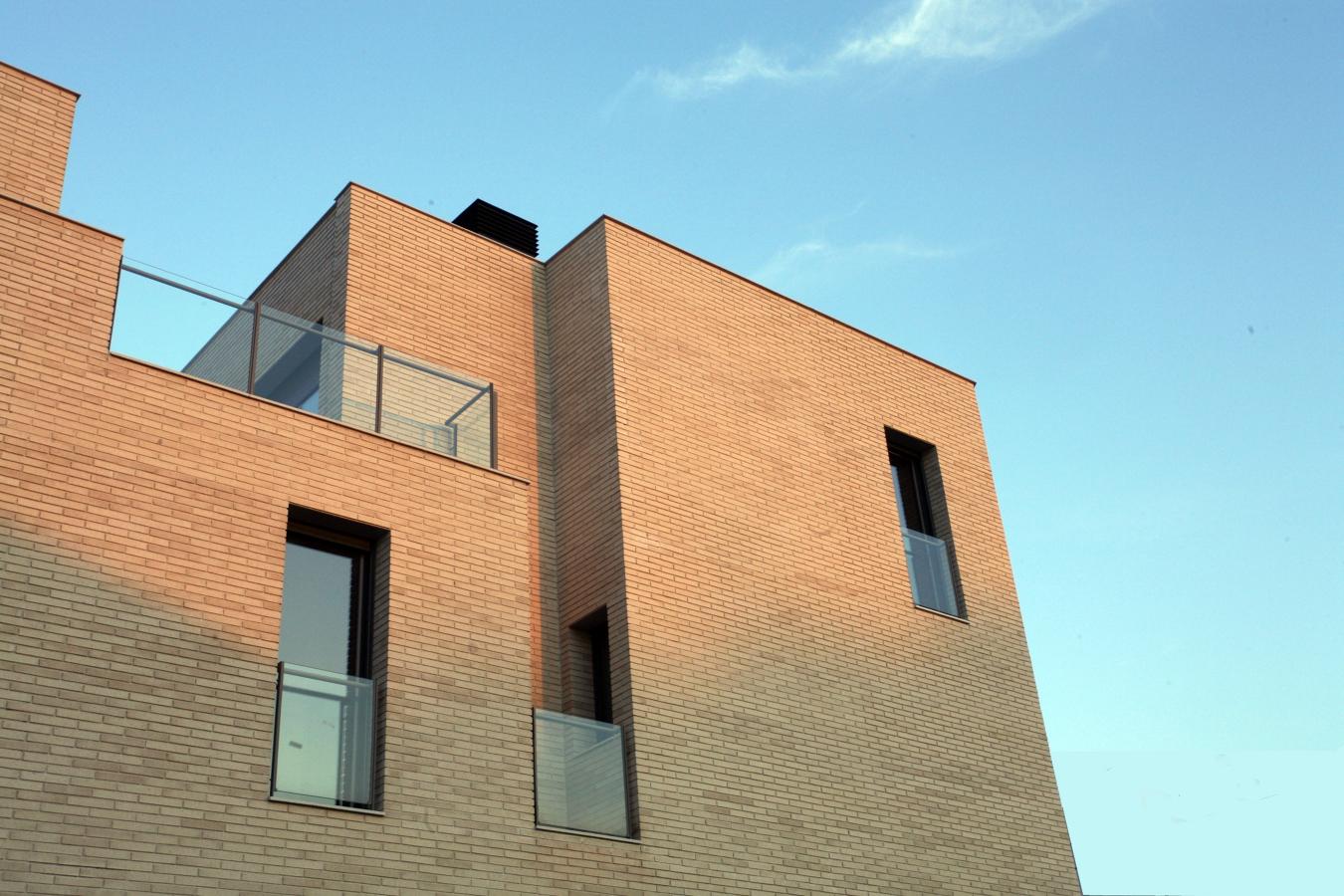 36 viviendas en Barcelona fachada sur detalle