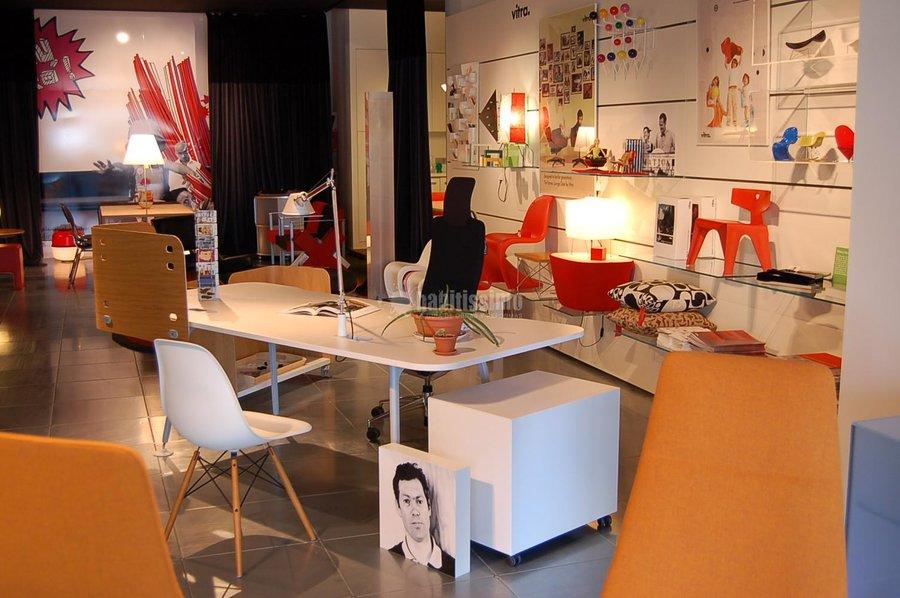 Foto muebles oficina decoraci n art culos decoraci n de bur lleida 13874 habitissimo - Muebles en lleida ...