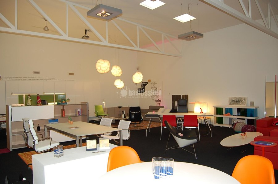 Foto muebles oficina art culos decoraci n decoraci n de for Oficina empleo lleida