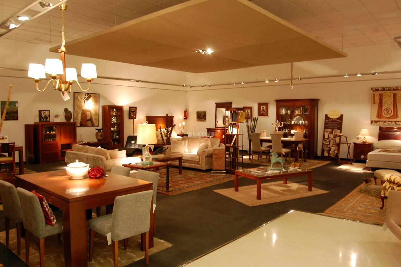 Muebles, Colchones, Artículos Decoración