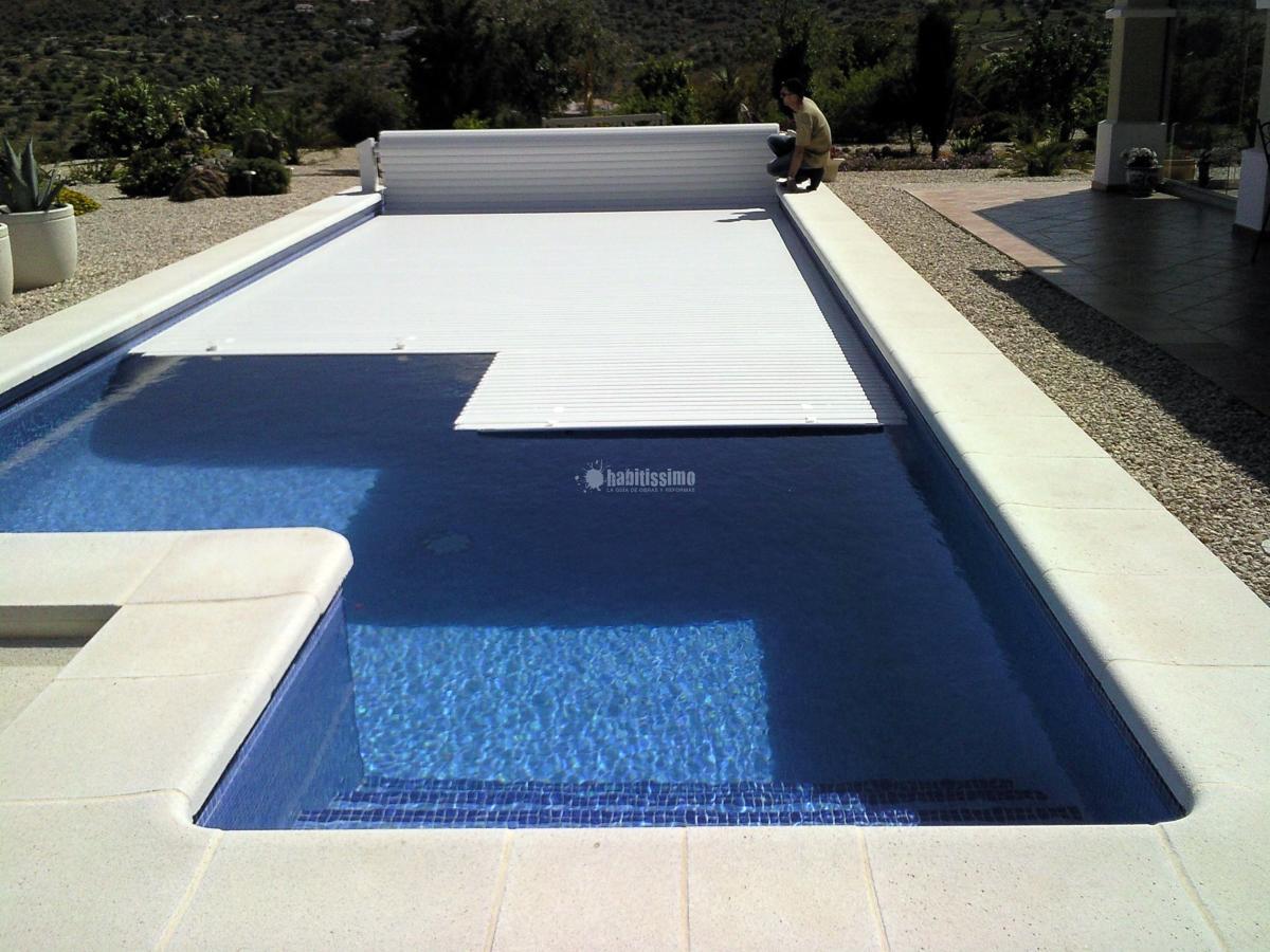 Foto construcci n piscinas construcciones reformas for Piscinas malaga construccion
