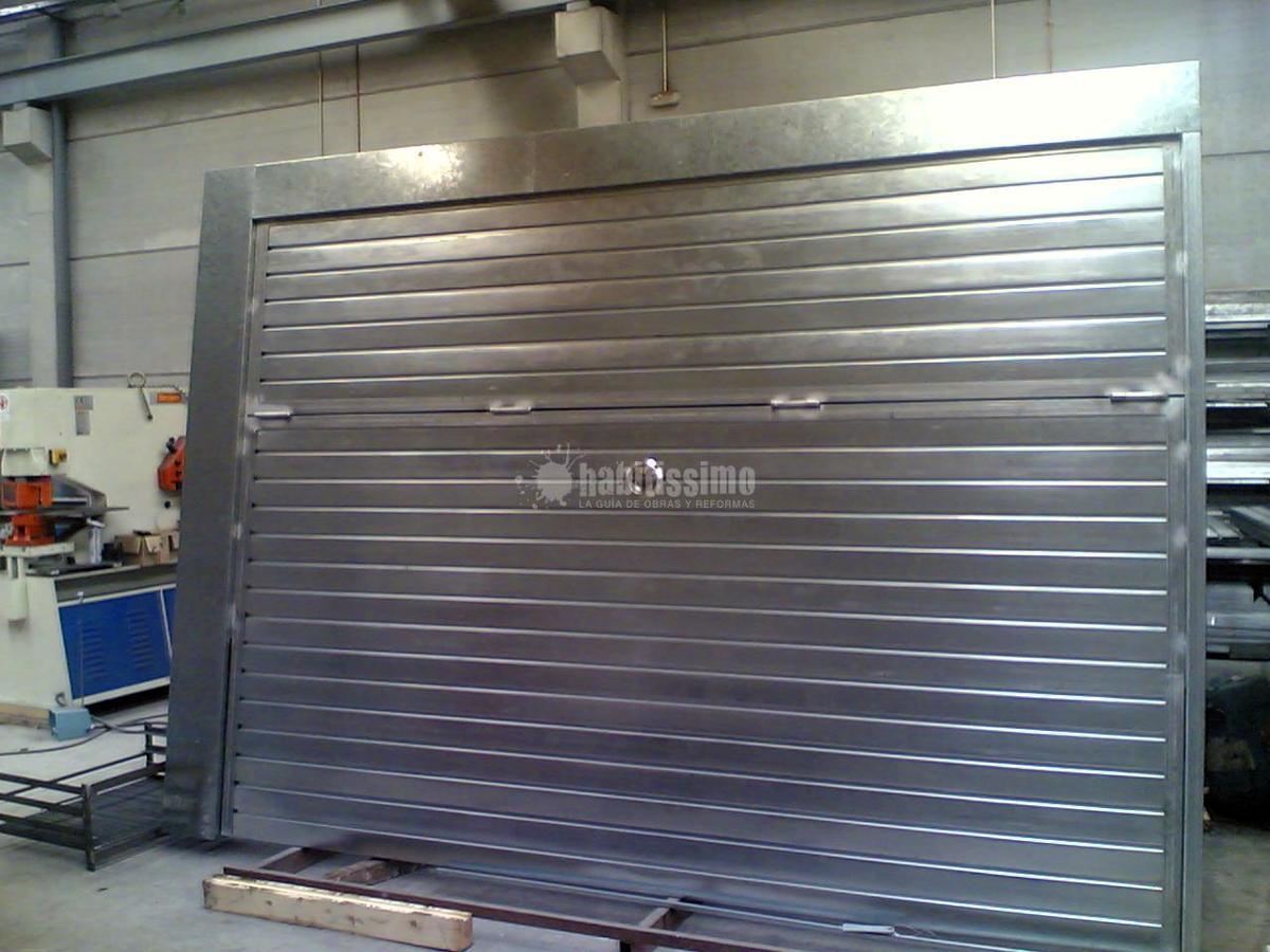 Foto puertas garaje puertas correderas persianas de - Puertas de garaje murcia ...