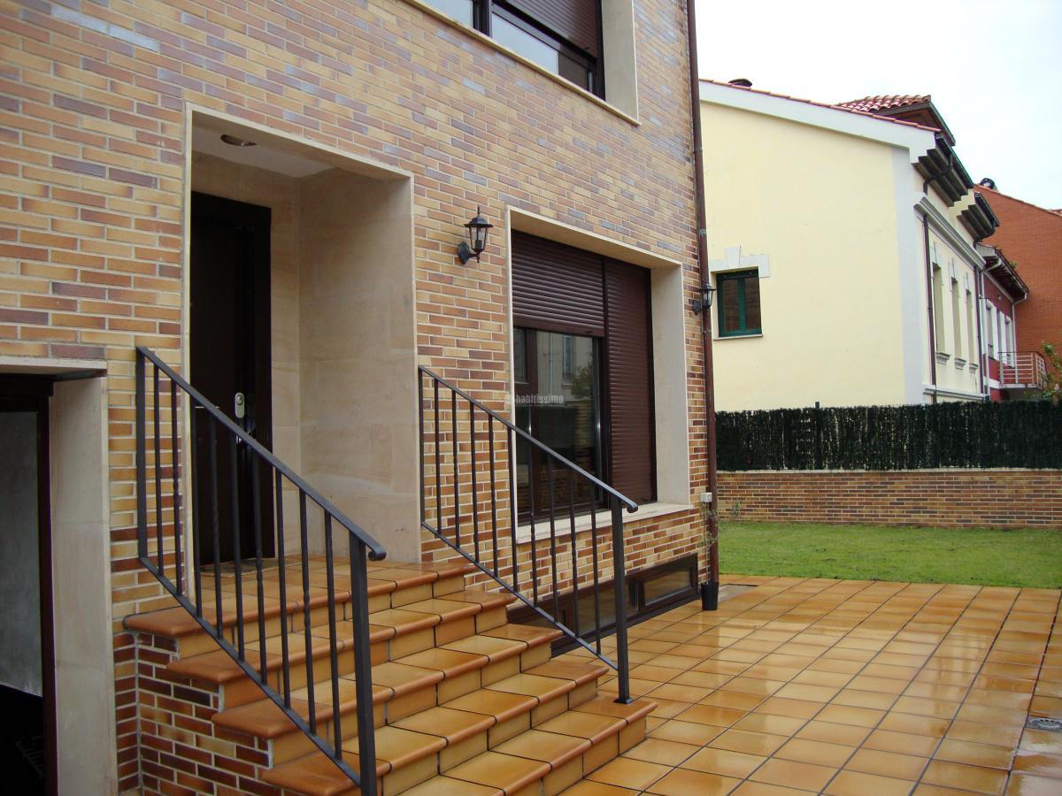 Foto construcci n casas constructores construcciones reformas de jer nimo lvarez - Constructores de casas ...