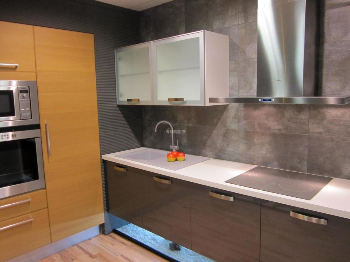 Foto reformas cocinas reformas general pavimentos de for Pavimentos para cocinas