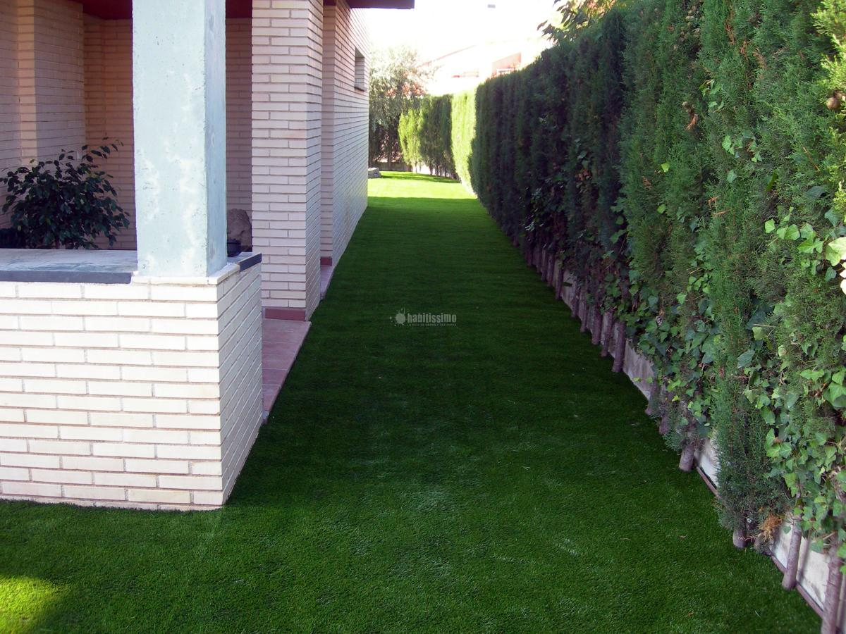 Foto suelos pl sticos c sped artificial decoraci n for Pisos plasticos para exteriores