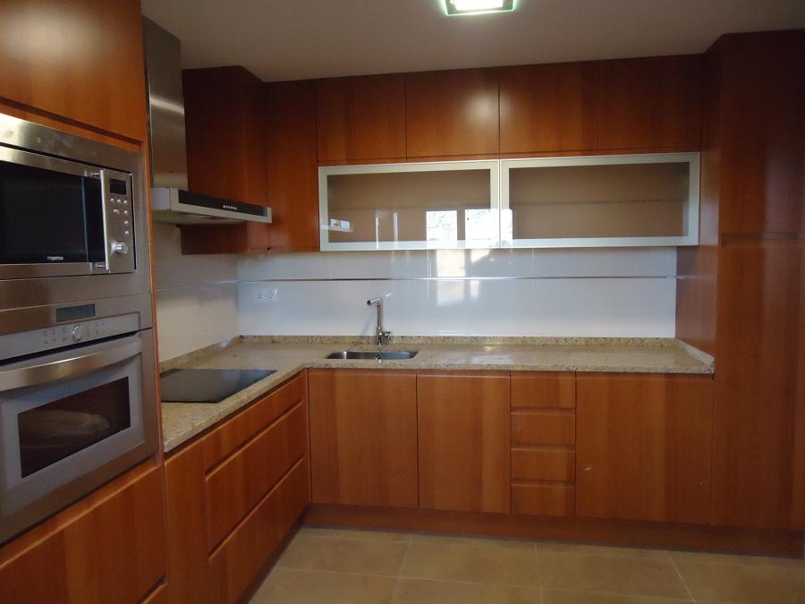 Foto muebles de cocina de polilaminado de nova 2000 for Muebles de cocina zamora