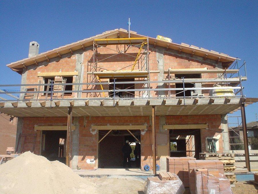 Foto construcci n casas construcci n edificios constructores de construccions germans - Constructores de casas ...