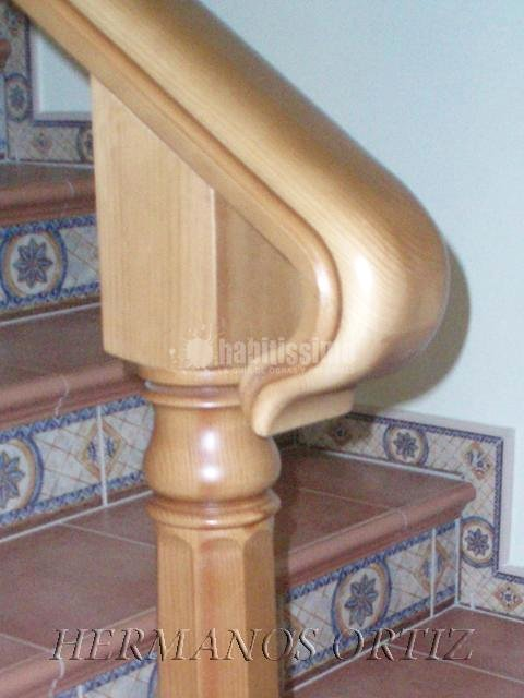 Foto carpinteros escaleras madera de hermanos ortiz - Carpinteros en valladolid ...