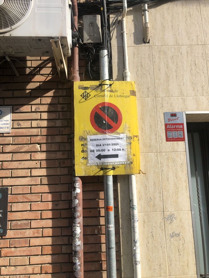 Prohibido aparcar en el horario indicado!!