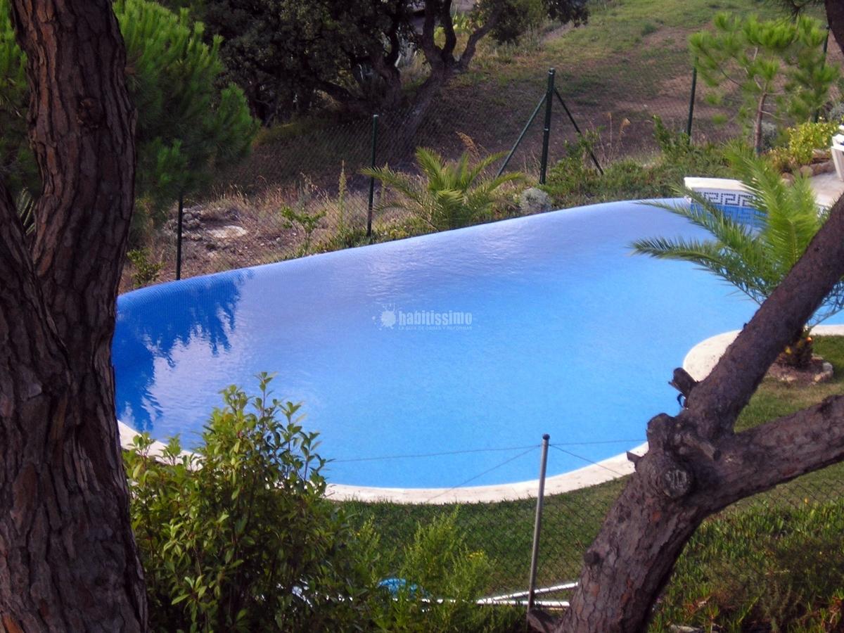 Foto mantenimiento de piscinas en girona de piscines for Mantenimiento de piscinas