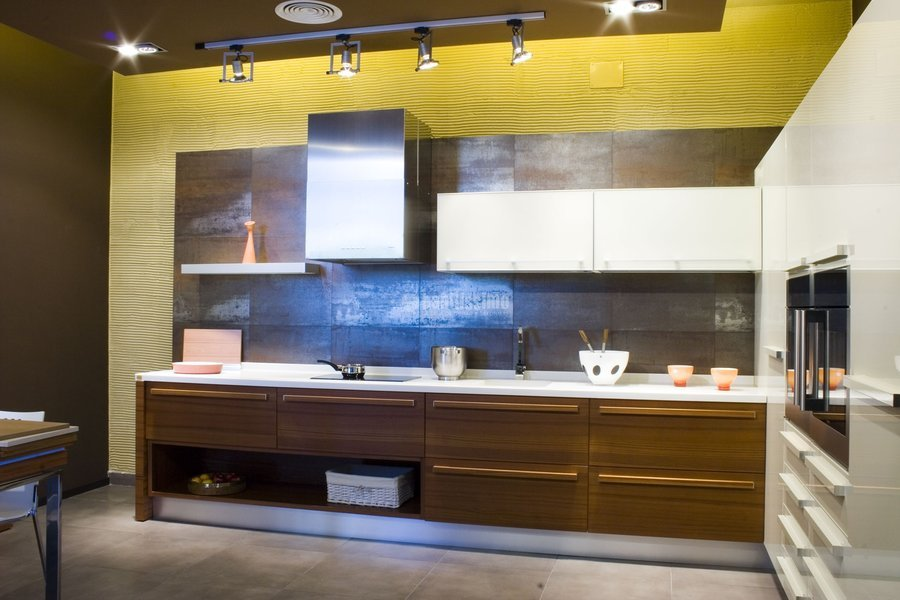 Foto reformas viviendas dise o cocinas muebles de - Muebles de cocina en sevilla ...