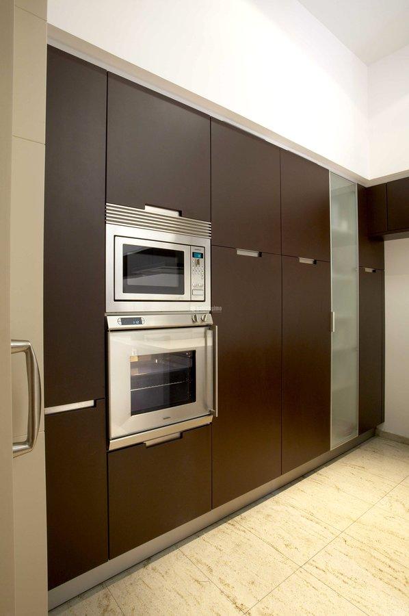 Panelado lateral cocina integrado