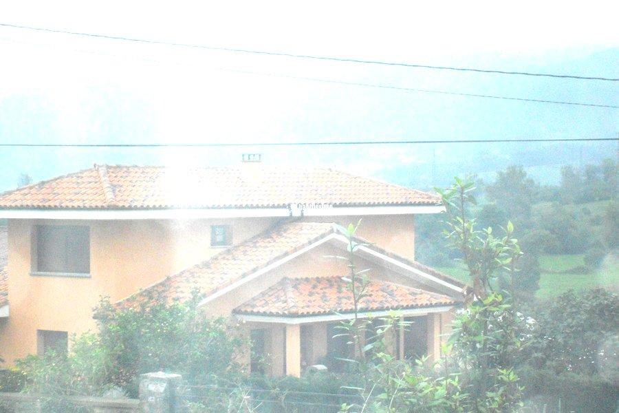 Foto rehabilitaci n fachadas restauraci n tejados for Tejados y fachadas vizcaya