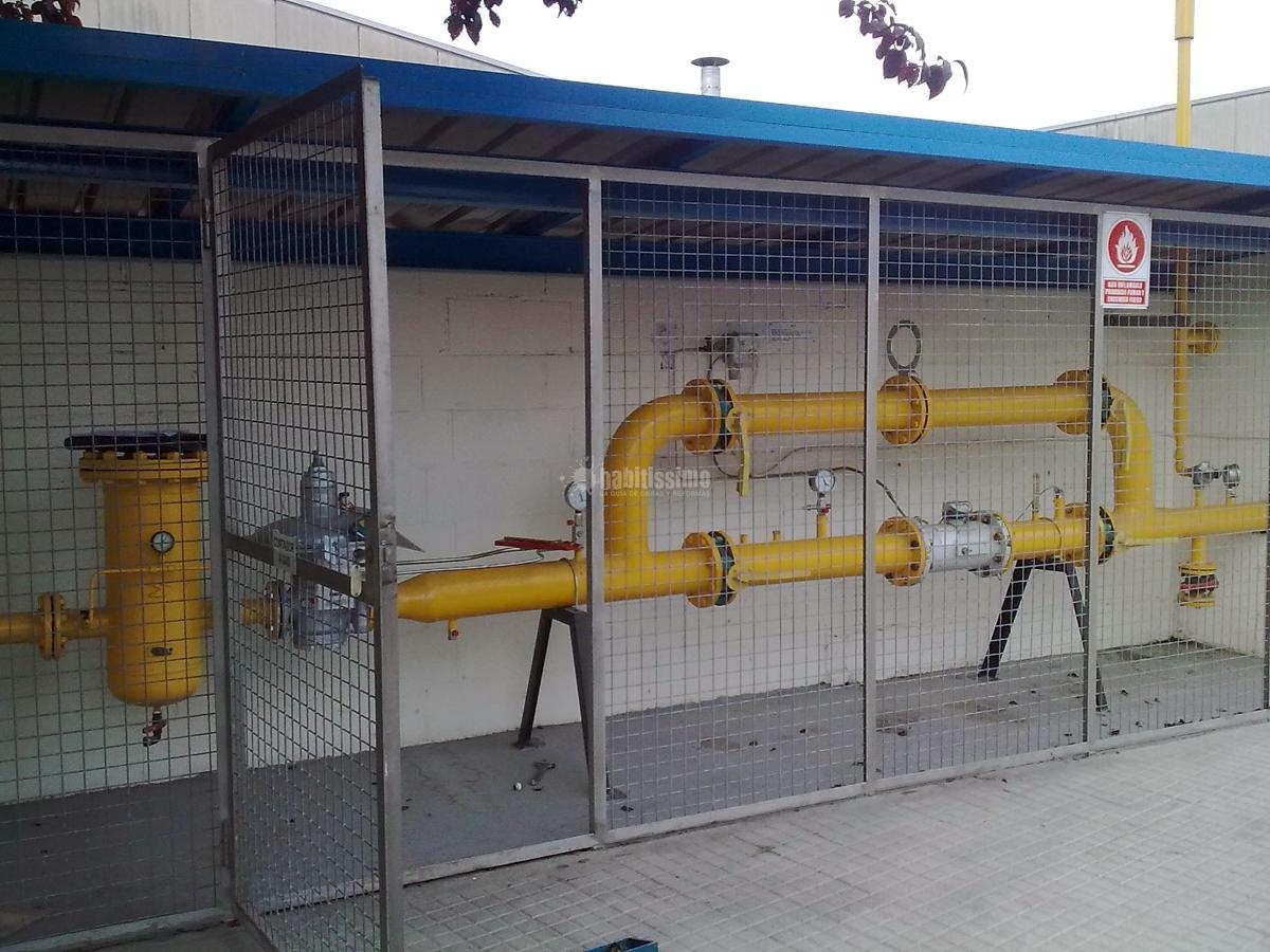 Gas, Puertas Garaje, Carpintería Metálica