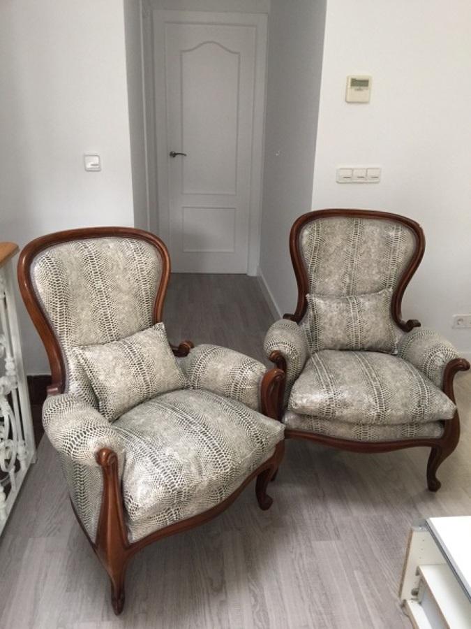 Foto sillones piel de serpiente de tapiceria alfonso - Tapiceros en granada ...