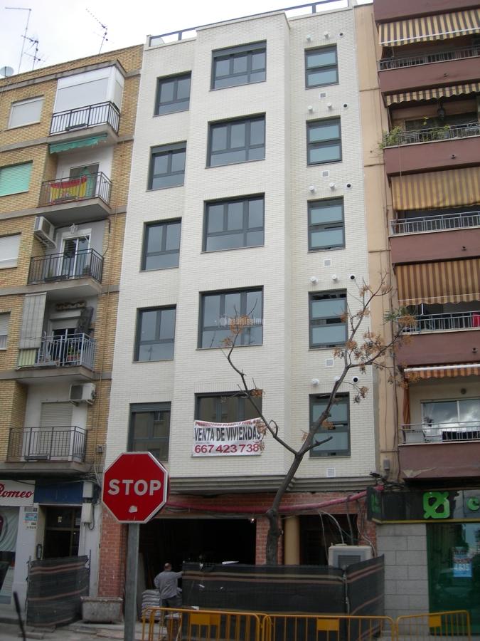 Foto arquitectos t cnicos direcci n facultativa - Arquitecto tecnico valencia ...