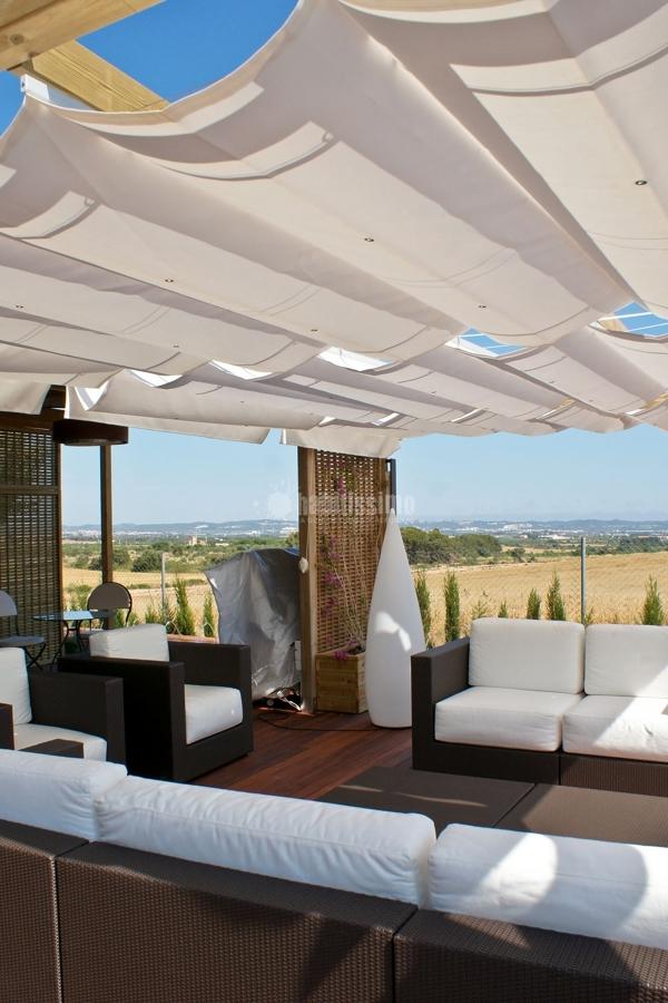 Foto parquetistas tarima exterior paneles decorativos - Paneles decorativos exterior ...