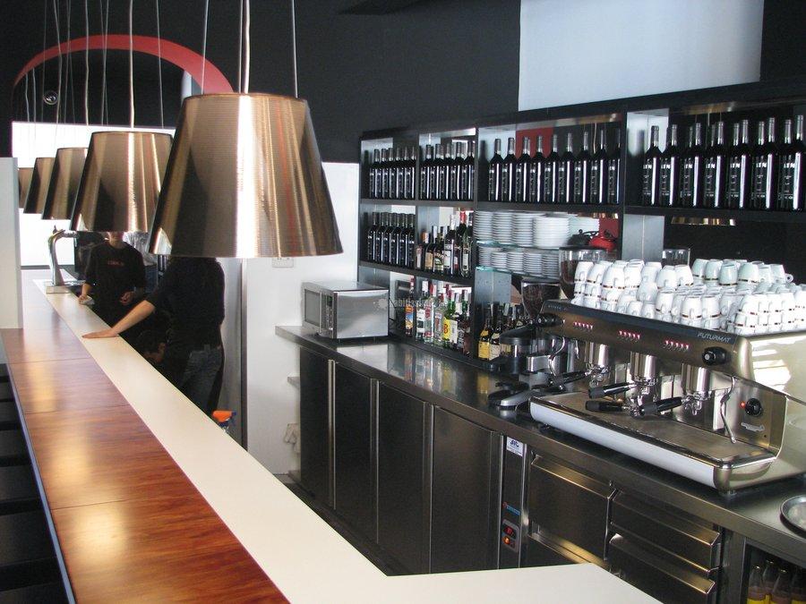 Reformas local Restaurante ATN en calle canudas en Bcn