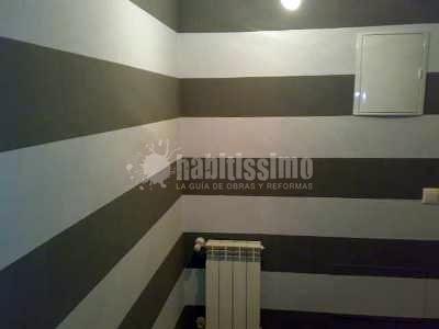 Foto pintores tarimas flotantes reformas viviendas de - Pintores de viviendas ...