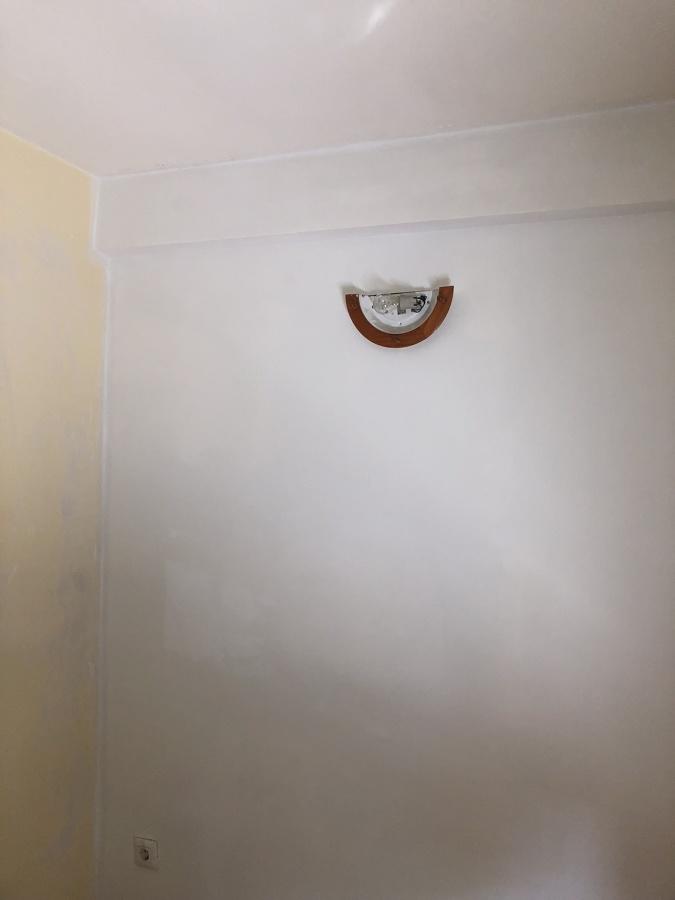Arreglo de agujero,pintado y colocada la luz