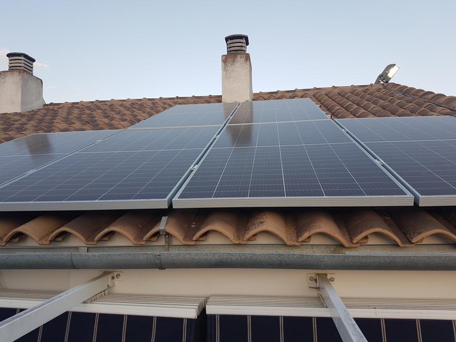 Paneles sobre tejado inclinado