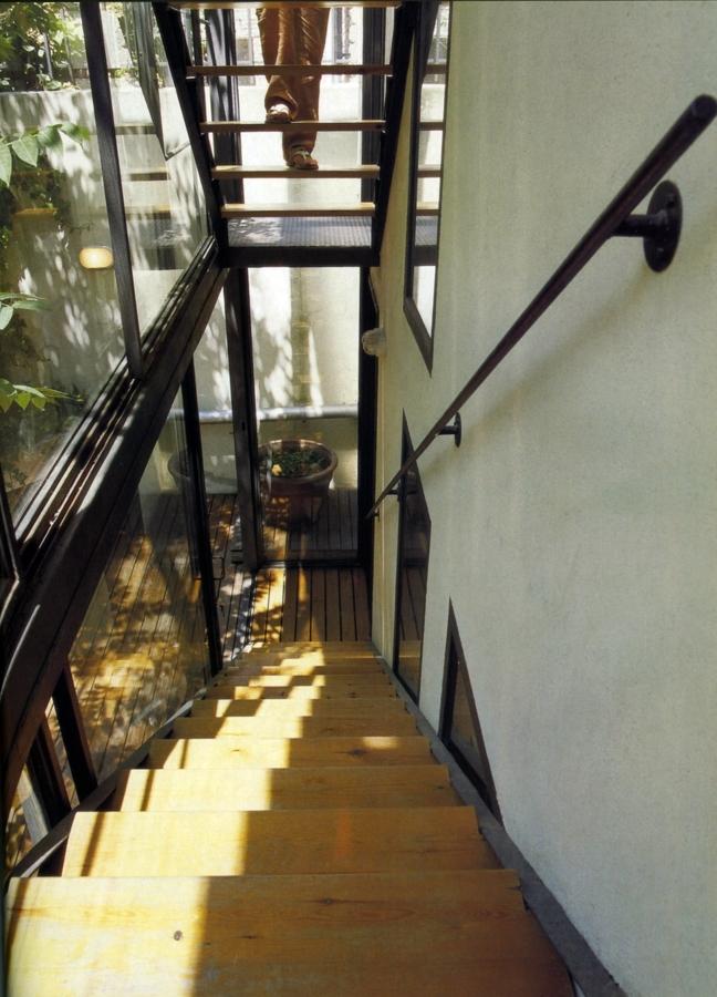 Acristalamiento de escalera exterior