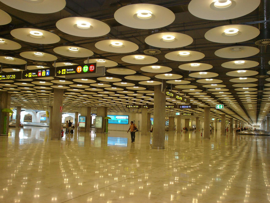 Iluminacion aeropuerto Madrid