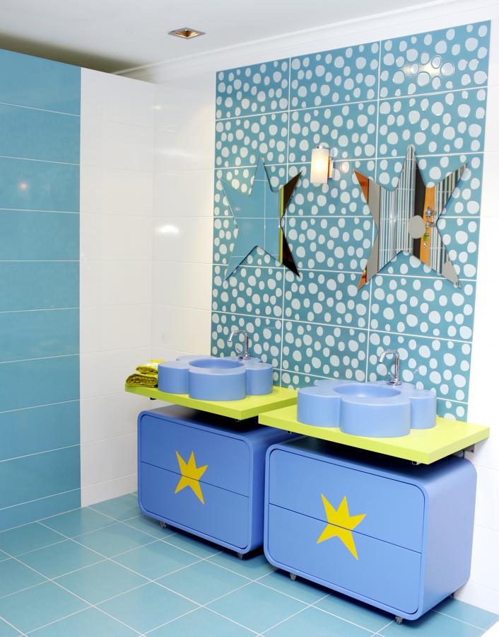 foto: agatha ruiz de la prada, muebles de baño de gibeller san ... - Azulejos Bano Agatha Ruiz Dela Prada
