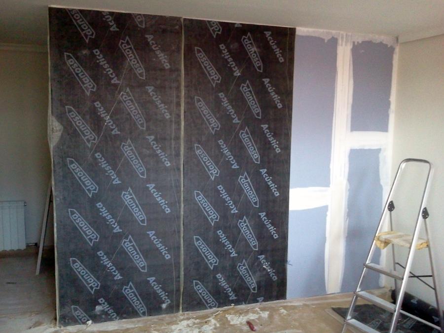 Foto aislamiento ac stico de paredes en vivienda de - Aislamiento de paredes ...