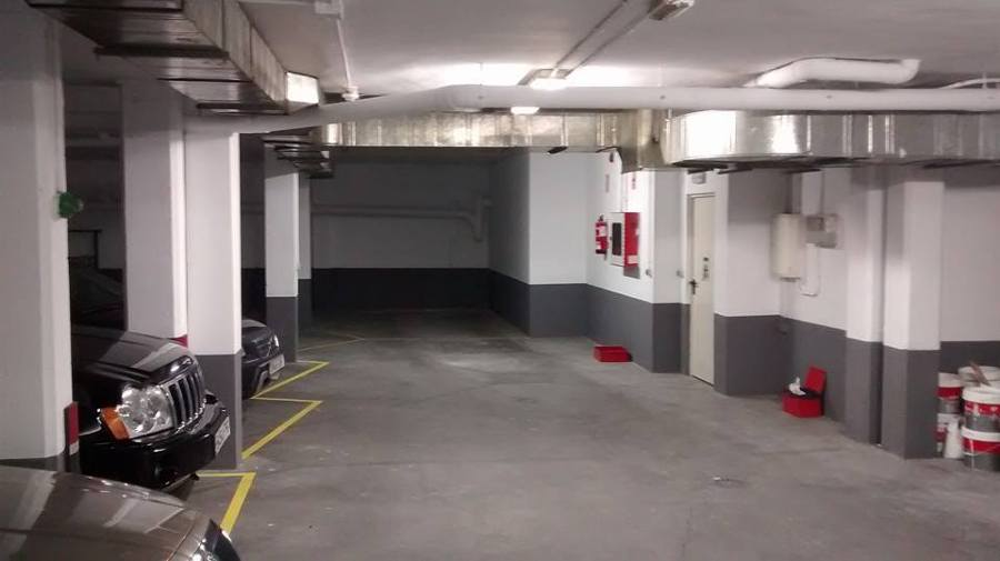 Foto pintura de garaje de trabajos verticales alcru - Pintura de garaje ...