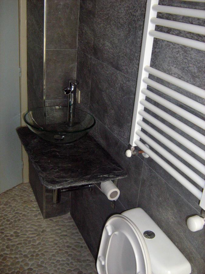 Azulejos Baño Pizarra:Aicatado baño con azulejo imitacion pizarra , piedra pizarra bajo