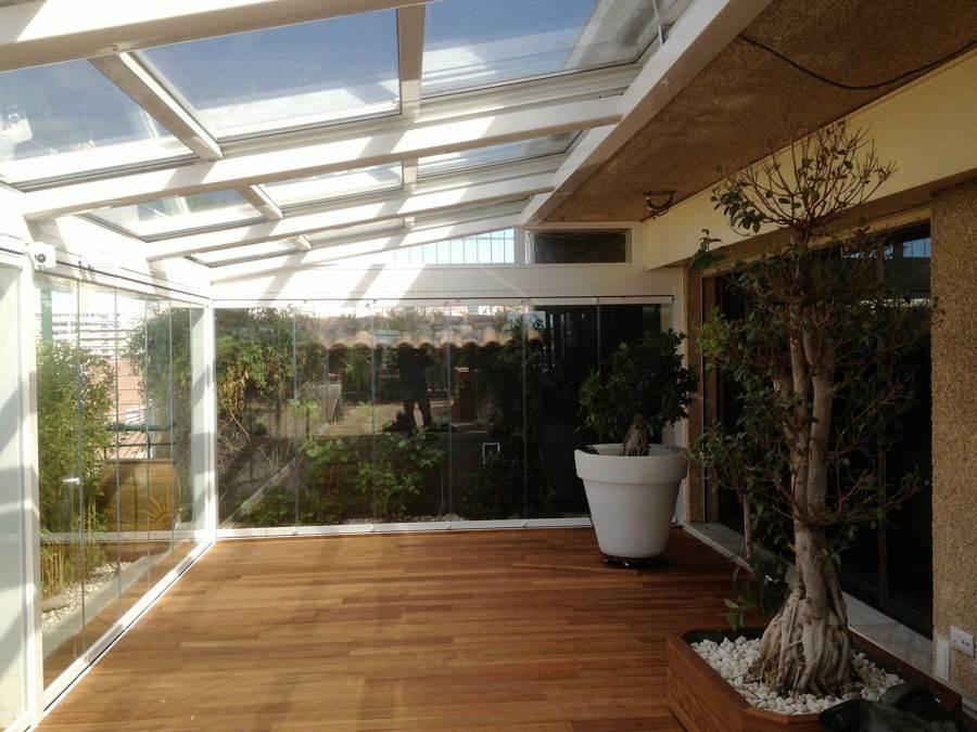 Foto techado terraza y cortina de cristal de old stones for Cortina cristal terraza