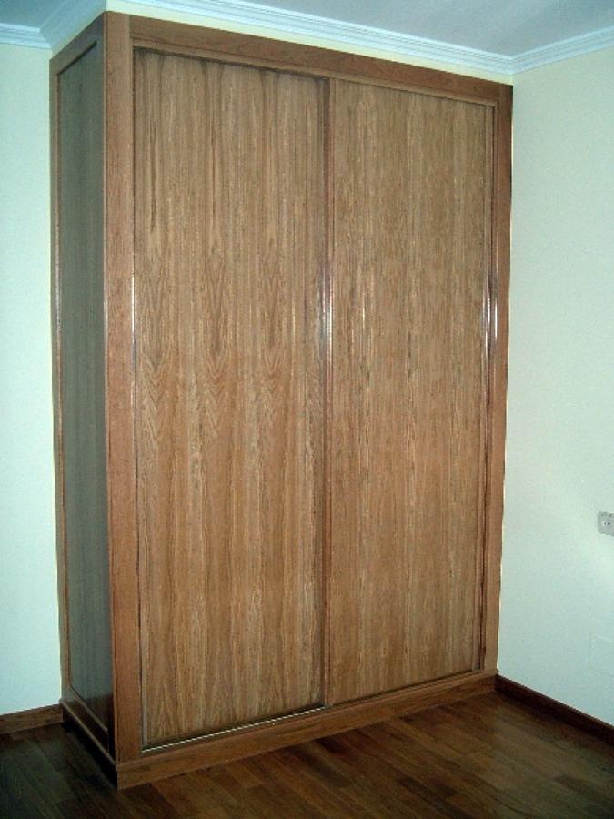 Foto amario en madera de roble de carpinter a metalma sl - Carpinterias de madera en valencia ...