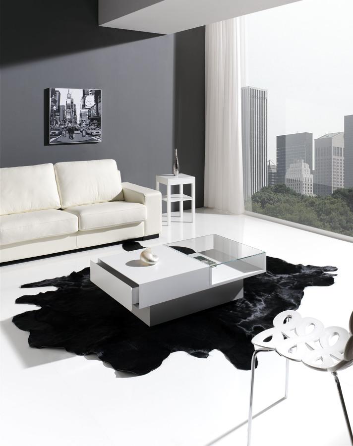 Foto ambiente de sal n con mesa de dise o de decorliving - Mesa salon diseno ...