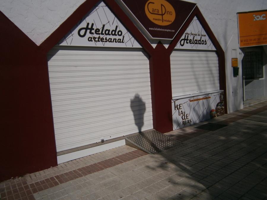 Apertura Heladería Carapino (Vélez-Málaga)