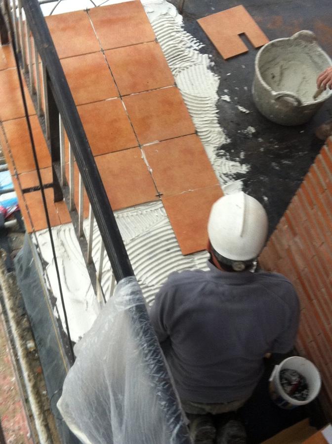 Aplacado de terrazas.
