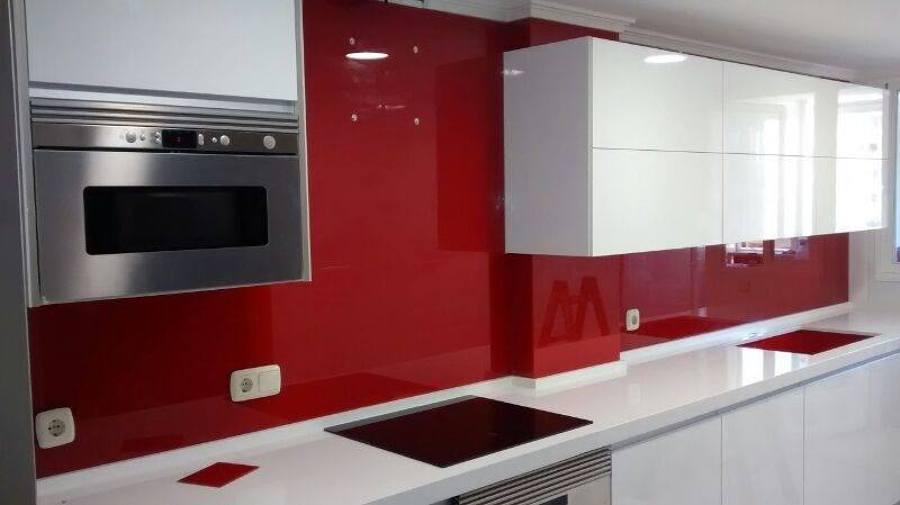 Foto aplacado frontal cristal cocina de cristaleria - Cocinas de cristal ...