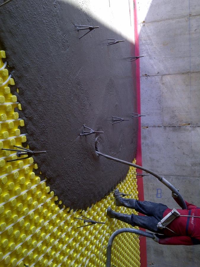 Aplicación de mortero autonivelante