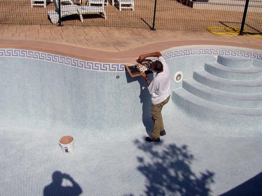 Foto aplicacion microcementos en piedra borde piscinas de - Microcementos del norte ...
