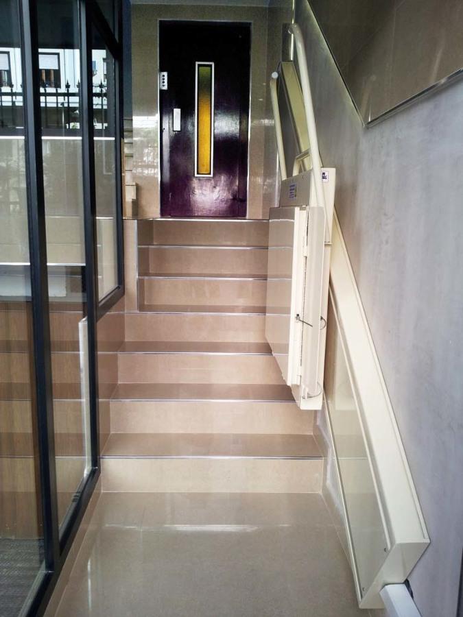 Plataforma salva escaleras