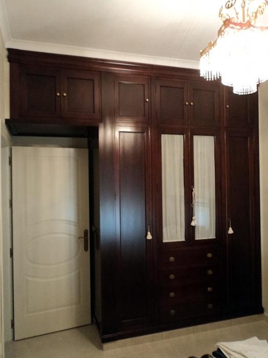 Foto armario empotrado con altillo de muebles modesto - Armarios vintage barcelona ...