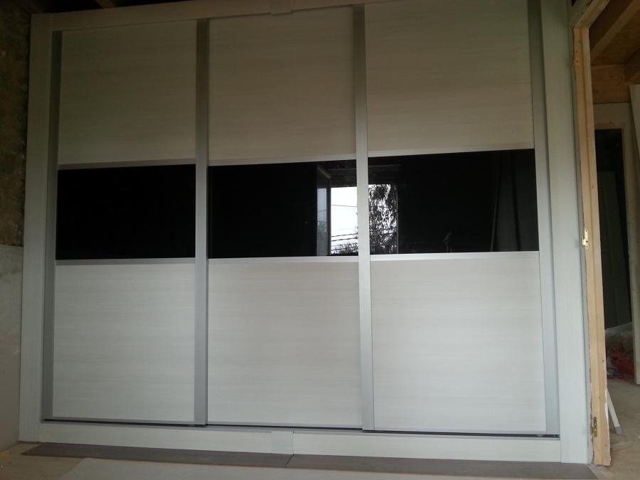 Foto armario empotrado con cristal lacobel de - Armarios de cristal ...