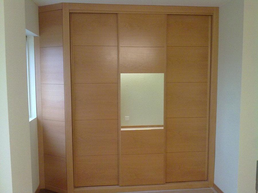 Foto armario empotrado en esquina dormitorio de jose - Armario de esquina ...