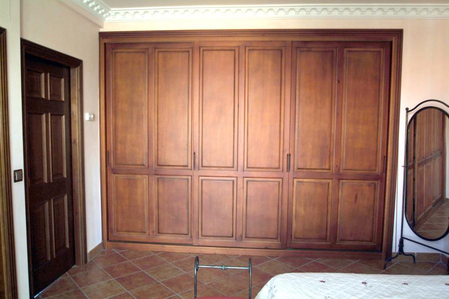 Foto armario en block con puerta corredera de nicolas - Frentes de armarios empotrados precios ...