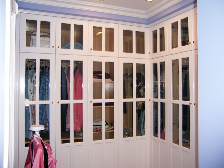 Foto armario ropero con puertas acristaladas de - Armarios vintage barcelona ...