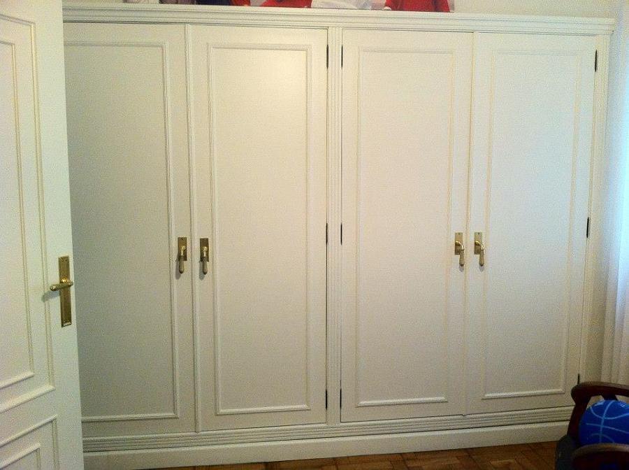 Foto armario y puertas lacadas en blanco de carpinter a - Puertas lacadas en blanco ...