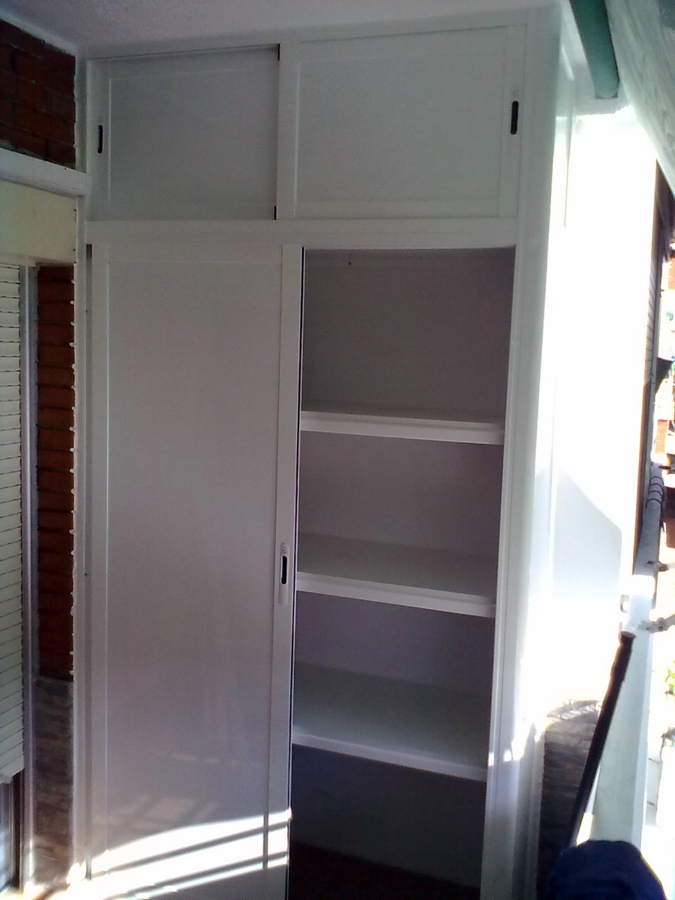 armarios con maleteros