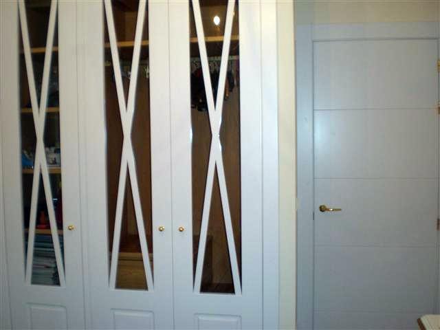 Foto armarios empotrados de vesca 252126 habitissimo - Armarios empotrados burgos ...