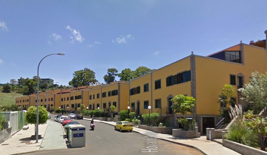 Complejo de 60 viviendas y plazas de garaje