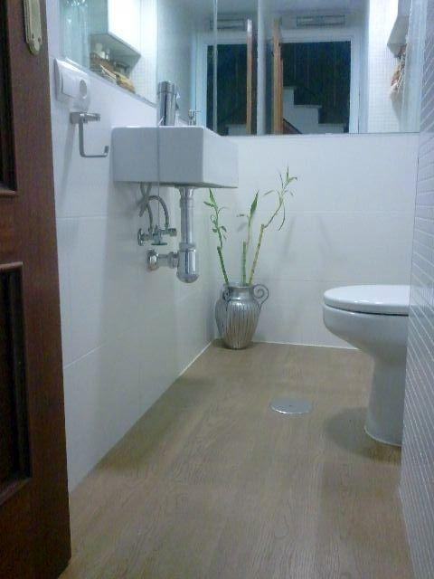 foto aseo con plato de ducha integrado de rovera espacios
